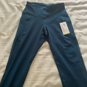 Three small brand new leggings gap and old navy